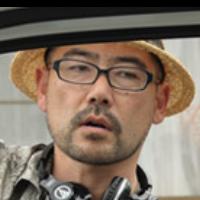 映画監督 氏