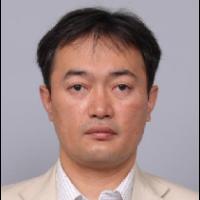 野崎 秀人 氏