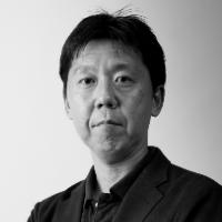 須賀 久彌 氏