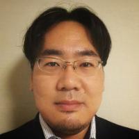 岡田 真平 氏